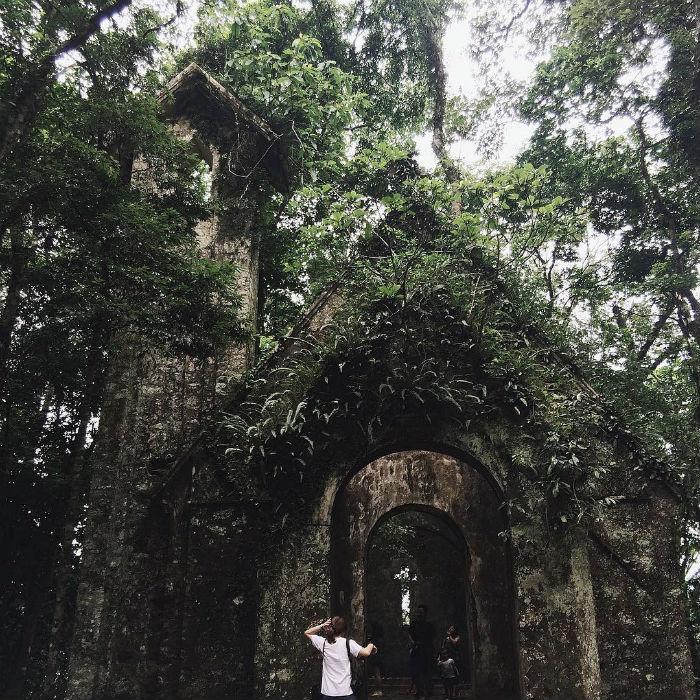 Nhà thờ- Những địa điểm tổ chức team building tại Hà Nội