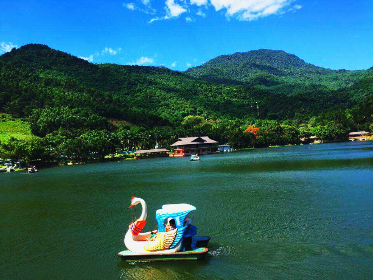 Tour 1 ngày cho học sinh du lịch Ao Vua