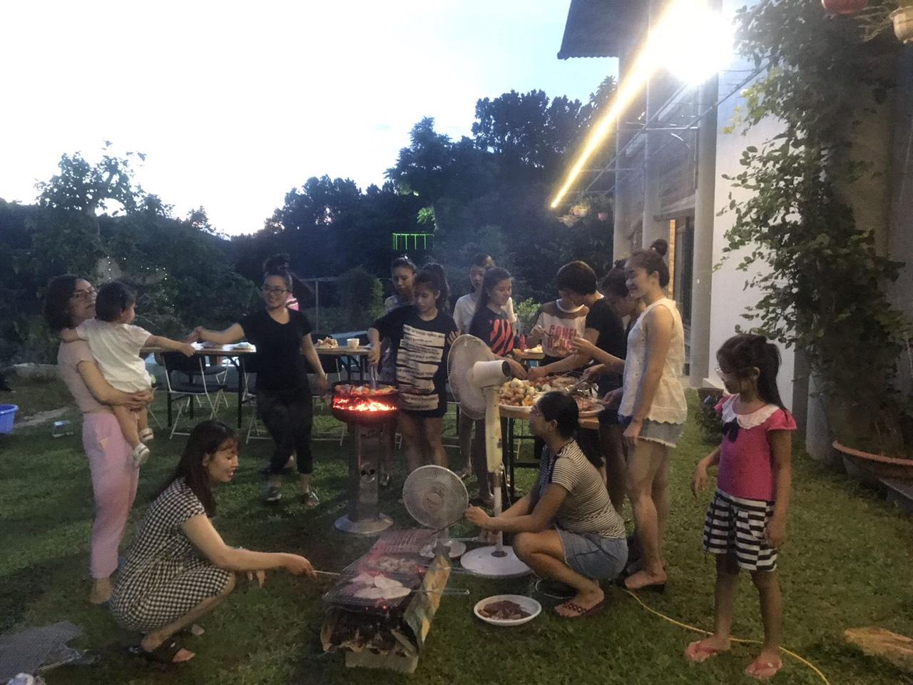 Bữa BBQ đáng nhớ tại Villas Ba Vì